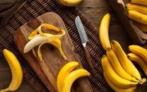 香甜的香蕉餐桌图片壁纸