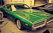 绿色优游列跑车壁纸