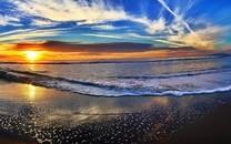 斑斓海滩日落风景图片壁纸
