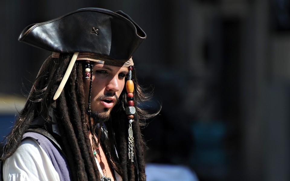 加勒比海盗锁屏电脑壁纸