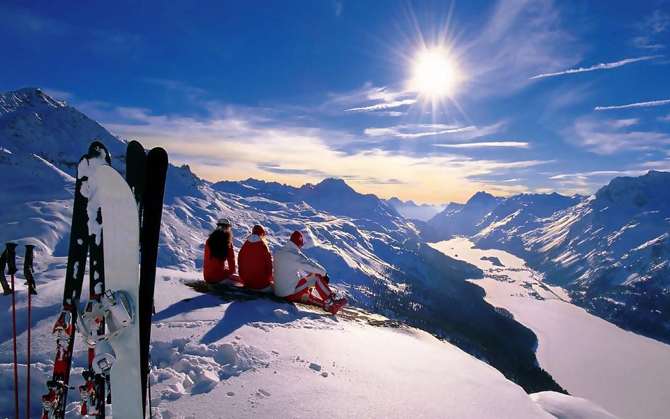 笔记本壁纸 自然风景壁纸 阿尔卑斯山美景桌面高清壁纸下载