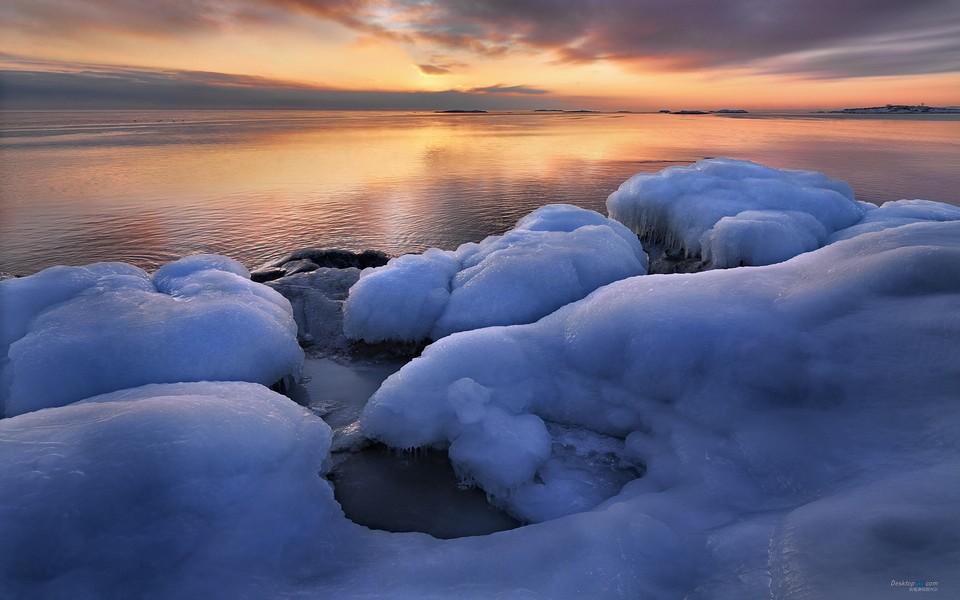 瑞典的冬天唯美雪景桌面壁纸