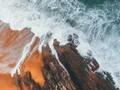 唯美绿色海岸线高清图片壁纸