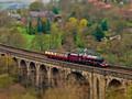 观光火车唯美风景壁纸