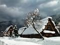 雪中小屋高清桌面壁纸