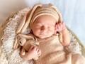 刚出生的婴儿图片素材壁纸