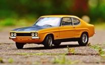 可爱精致的玩具汽车图片壁纸4