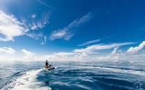 大海与船只高清精美图片壁纸
