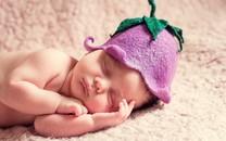 超级可爱的婴儿高清桌面壁纸