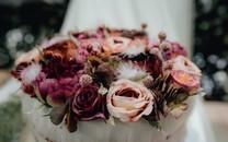 新娘手捧花高清图片壁纸
