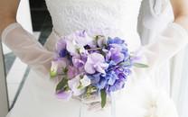 甜蜜婚礼捧花样式桌面壁纸
