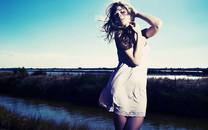 超短裙美女图片-超短裙美女壁纸大全