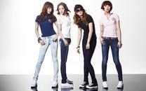 韩国美女组合2NE1电脑壁纸