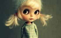 娇小可爱美女娃娃图片壁纸2