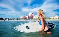 极限运动滑板美女图片壁纸