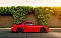 超酷炫红色跑车图片桌面壁纸
